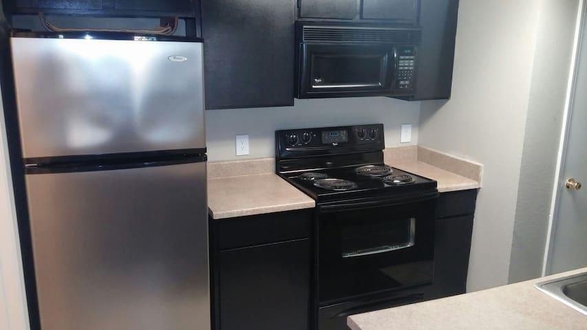 Cozy Home Near Cowboys, Rangers, Six Flags & More - Fort Worth - Leilighet