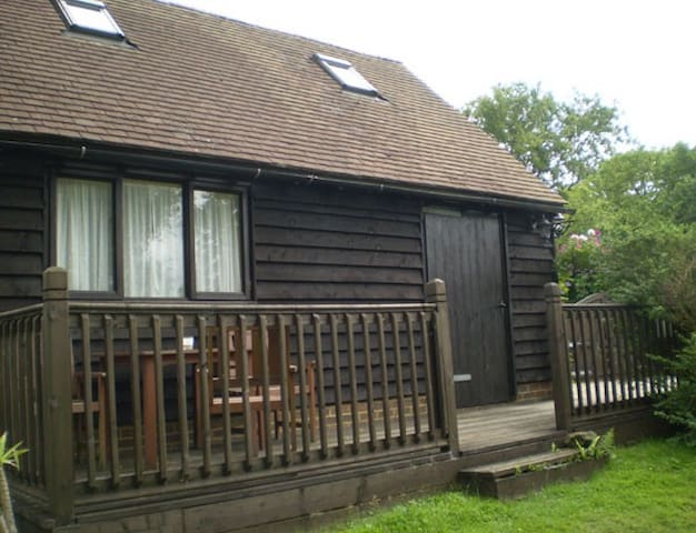 Detached Countryside lodge - Herstmonceux - 샬레(Chalet)