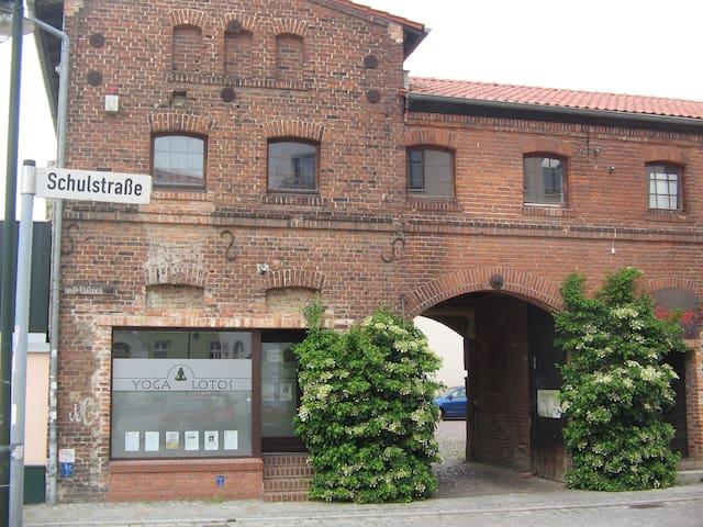 Yoga-Studio in 200-Jähr. Gebäude, 1 h. from Berlin - Strausberg
