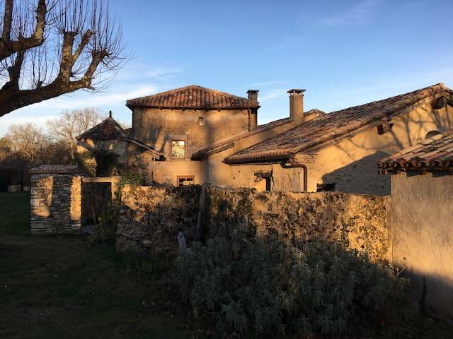 Charme dans le Périgord Dordogne - Saint-Maime-de-Péreyrol - Casa