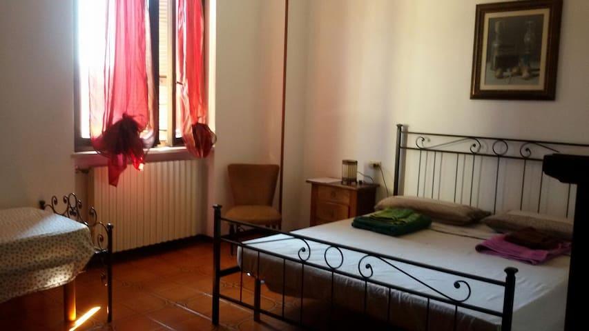 Apartment with private room, bathroom and kitchen - Montichiari
