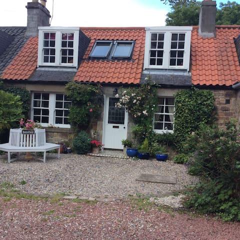 Middle Cottage - Seton Mains - Hus