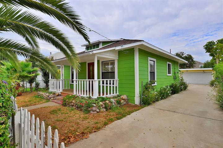 Adorable Cottage, Close to Everything - Chula Vista