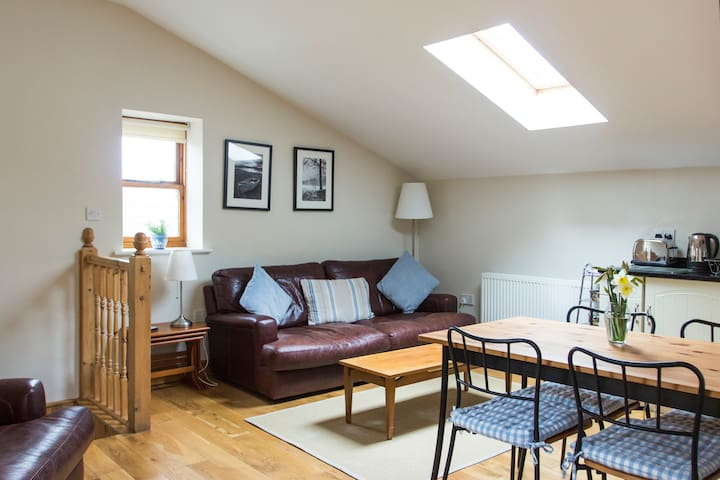 The Barn 1st Floor Rural Apartment - Charlesworth - Appartement