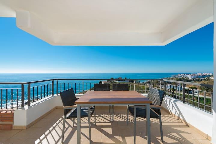 Magnificent front seaview Apartment - Torrox - Appartamento
