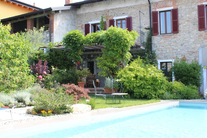 Casa Verbena  - Laveno-Mombello - Bed & Breakfast