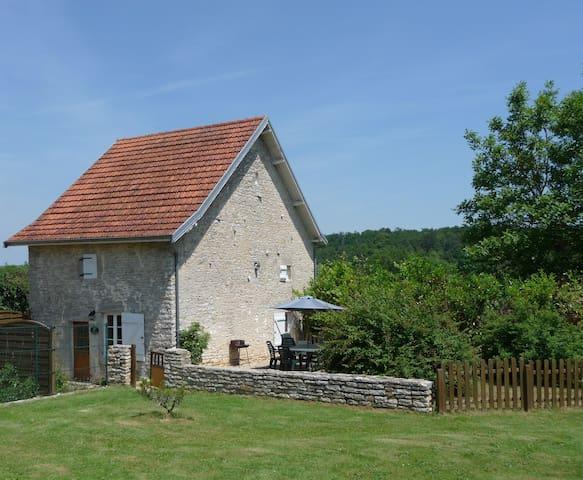 Idyllic 16th Century Stone Cottage - Boudreville - Huis