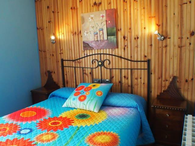 Habitación triple CasaRural Arboliz - Ibarrangelu - Oda + Kahvaltı
