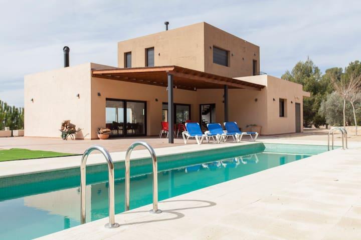 Great villa with swimmingpool Biar - Biar - Villa