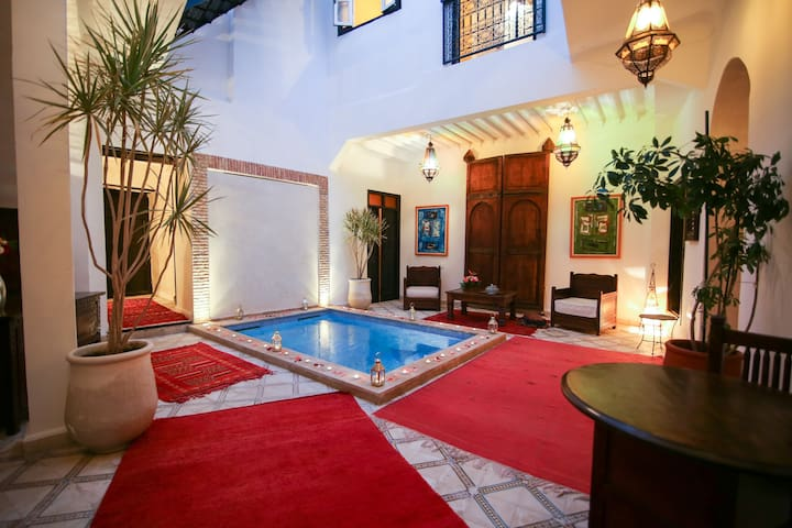 EN EXCLUSIVITE UNIQUEMENT:  RIAD VILLAMOUASSINE - Marrakech - Rumah