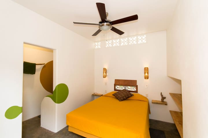 Red Pepper Guesthouse room #3 - Las Salinas - Guesthouse