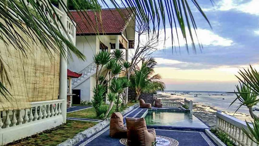 4 bedroom villa with pool and sea view in Ceningan - Nusapenida - Villa