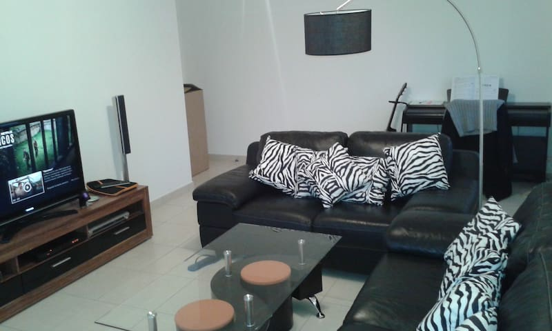 2 BEDROOM APARTMENT 73m2 IN ST GENIS CLOSE TO CERN - Saint-Genis-Pouilly