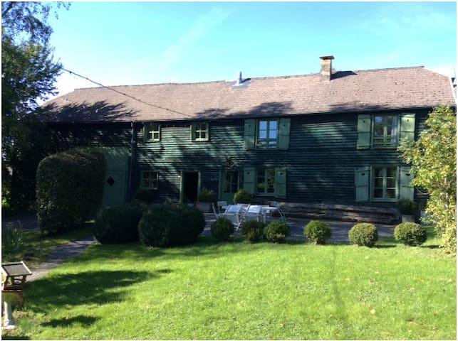 La Bridelette, Vieille ferme authentique - Couvin - Casa