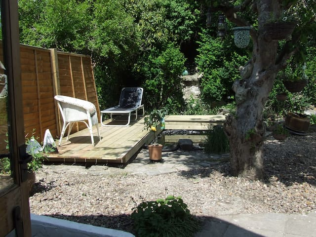 Converted barn, cosy & quirky. - South Molton