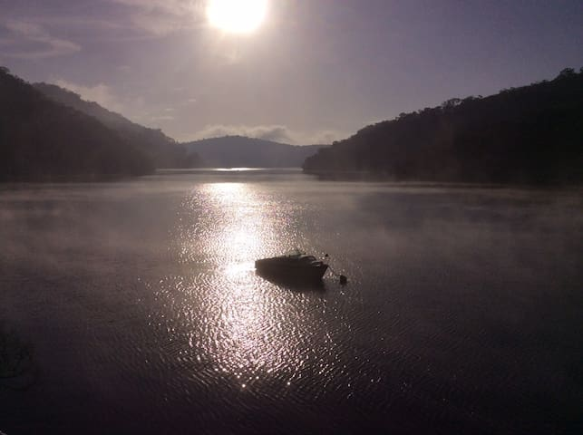 The Boat House on the River - Berowra Waters - Ev