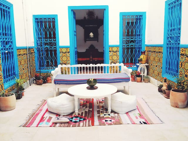 Maison/Chambre à Tunis - 튀니스(Tunis) - B&B