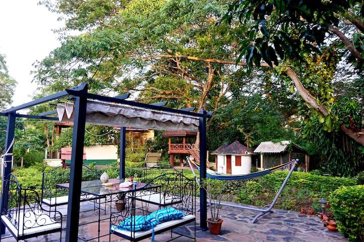 Evergreen Pakchong Retreat 5BR (6-20ppl) 300 msq. - Pak Chong - Rumah