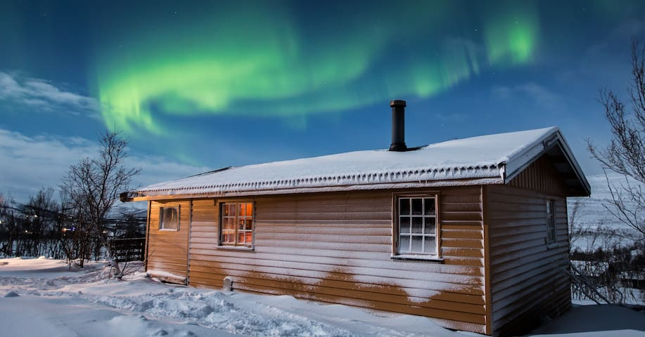 Cozy cabin, perfect for watching aurora borealis - Kvalsund