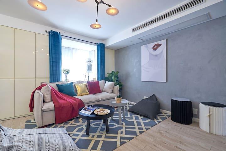 西湖文化广场/紧临地铁口/服装设计师的家 - Hangzhou - アパート