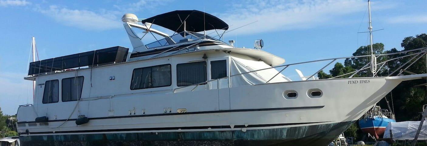 Dock Yachting Too   for sale - Chesapeake - Bateau