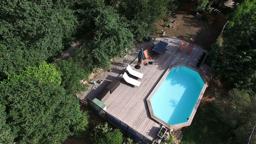 Belle chambre indépendante piscine - La Bouilladisse - Hus