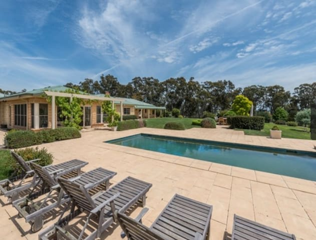 Southern Highlands Farm 100 acres - Paddys River - Huis