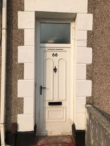 66 Brunswick.Great location . Modern flat. - Swansea - Appartement