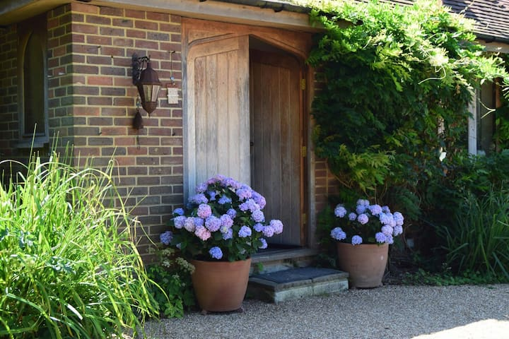Country House Views of South Downs - Arlington - Casa
