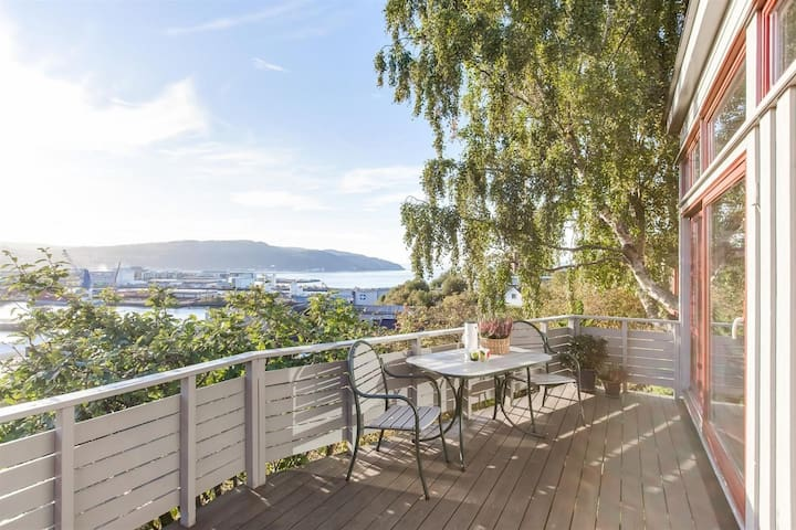 Room few steps away from the sea - Trondheim - Hus