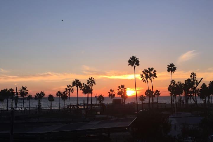 Oceanview studio in the heart of Venice - Los Angeles