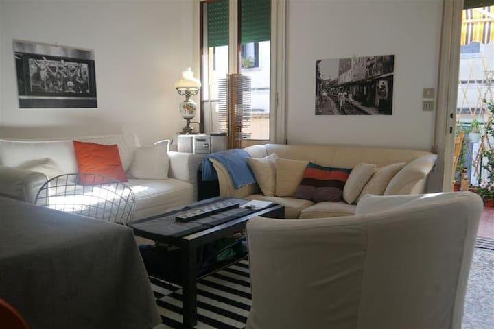 Divano letto in pieno centro - Padua