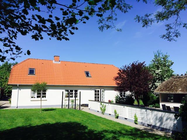 Unique countryhouse near Billund - Give