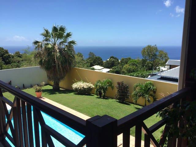 Beau studio avec piscine et vue mer - Vieux Habitants - Daire