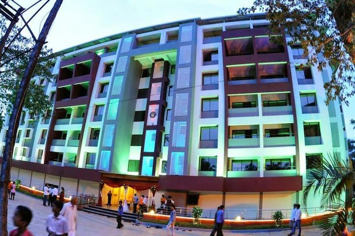 2Bhk Apartment at Kinnigoli @ Golden Castle #604 - Kinnigoli - Lägenhet