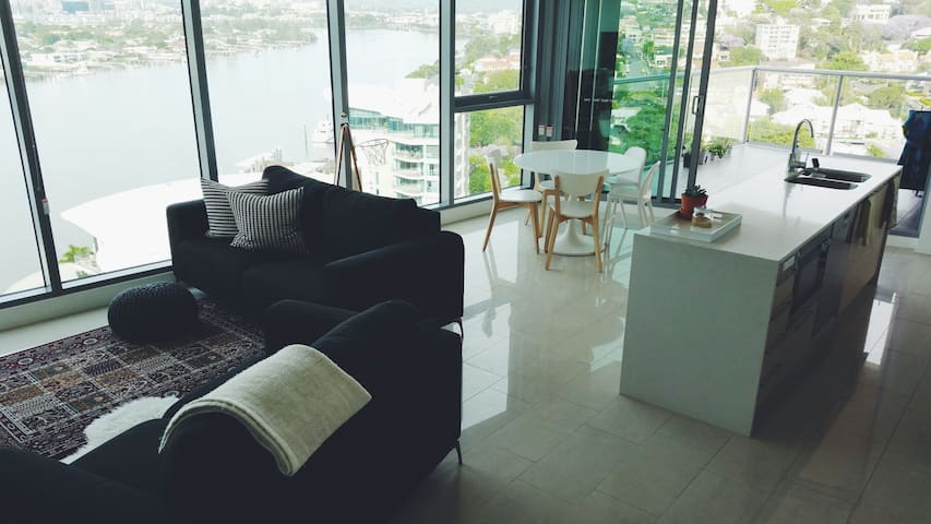 Gorgeous 2 Bed in Hamilton Precinct - Hamilton - Departamento