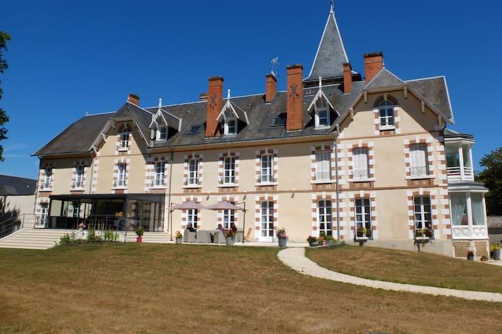 T2 indépendant - Neuvy-sur-Barangeon - Apartamento