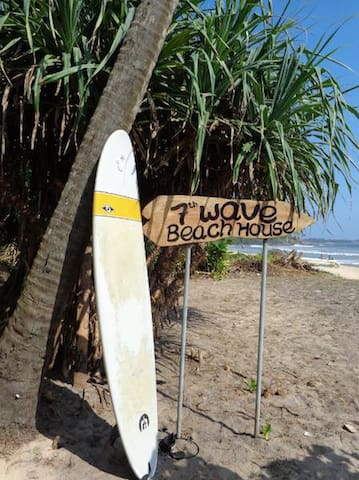 7th Wave Beach House - Matara