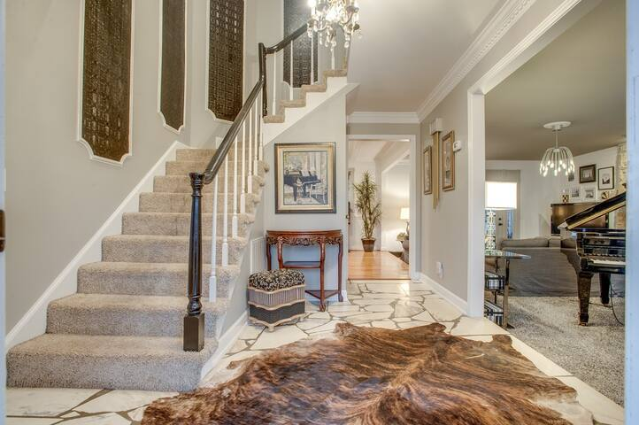 Private Pool! 4 bedroom in the Best neighborhood! - Brentwood - Maison