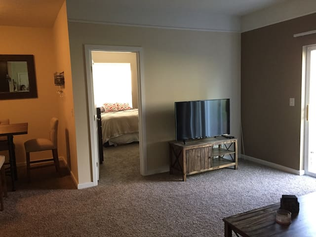 Quiet and Cozy Home - Columbus - Appartement