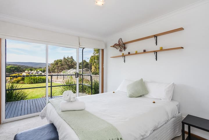 A River Bed Cottage - Aireys Inlet