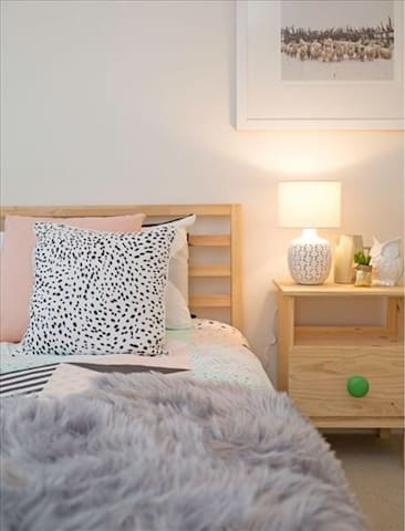 Cosy/safe home for longer stays! - Templestowe Lower