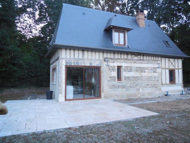 Au Manoir d'Héricy, Havre de paix à BREAUTE - BREAUTE - Cabaña en la naturaleza