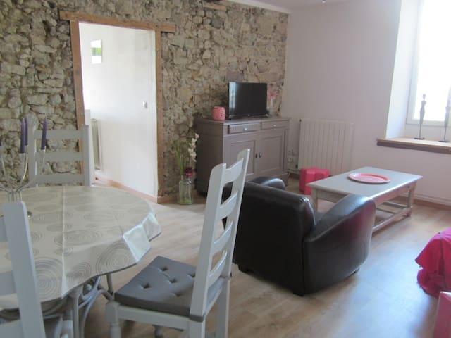 Maison Domaine viticole Carcassonne - Roullens - Rumah
