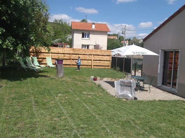 Maison avec jardin à Combronde - Combronde - Hus