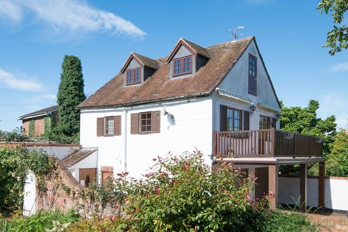 Pretty Upton Cottage - Superb Riverside Location - Upton upon Severn - Departamento
