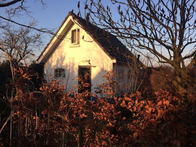 Vrijstaand huisje in de natuur vlakbij Deventer - Olst - Ev