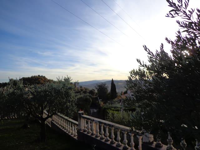 Appartement independant au coeur des oliviers - Manosque - Leilighet