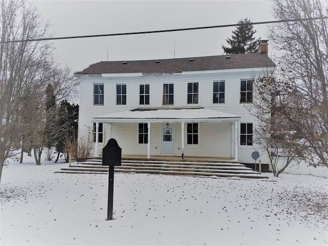 1800s Home on Indiana's Historic National Road - Greenfield - Talo