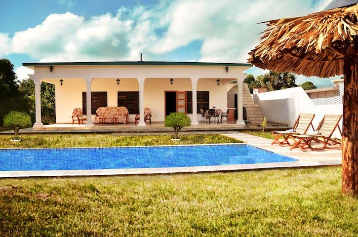 Beachfront La Pesquera - Caibarién - Huis